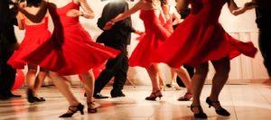 trouver une femme dans un cours de danse