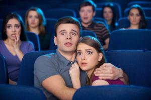 Je veux embrasser cette fille au cinéma
